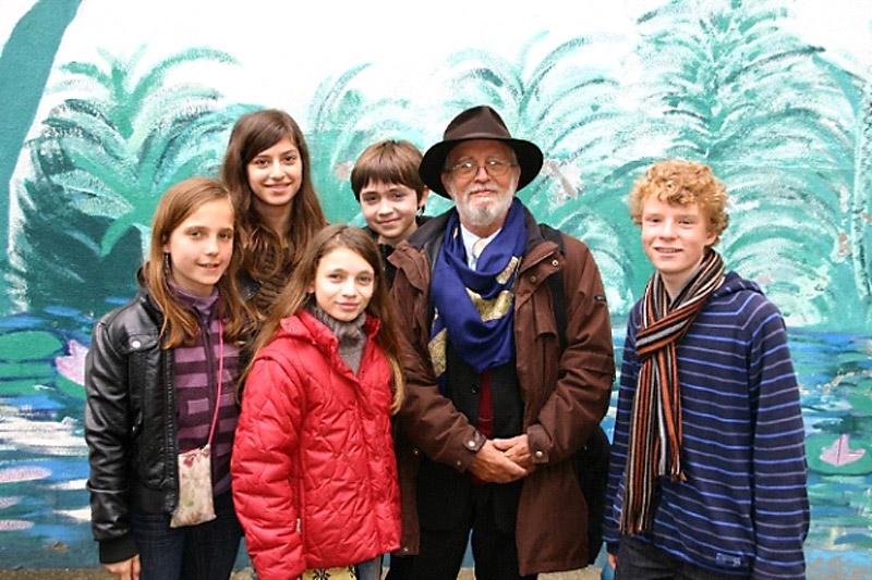 Christian Darles avec les élèves du collège Montalembert
