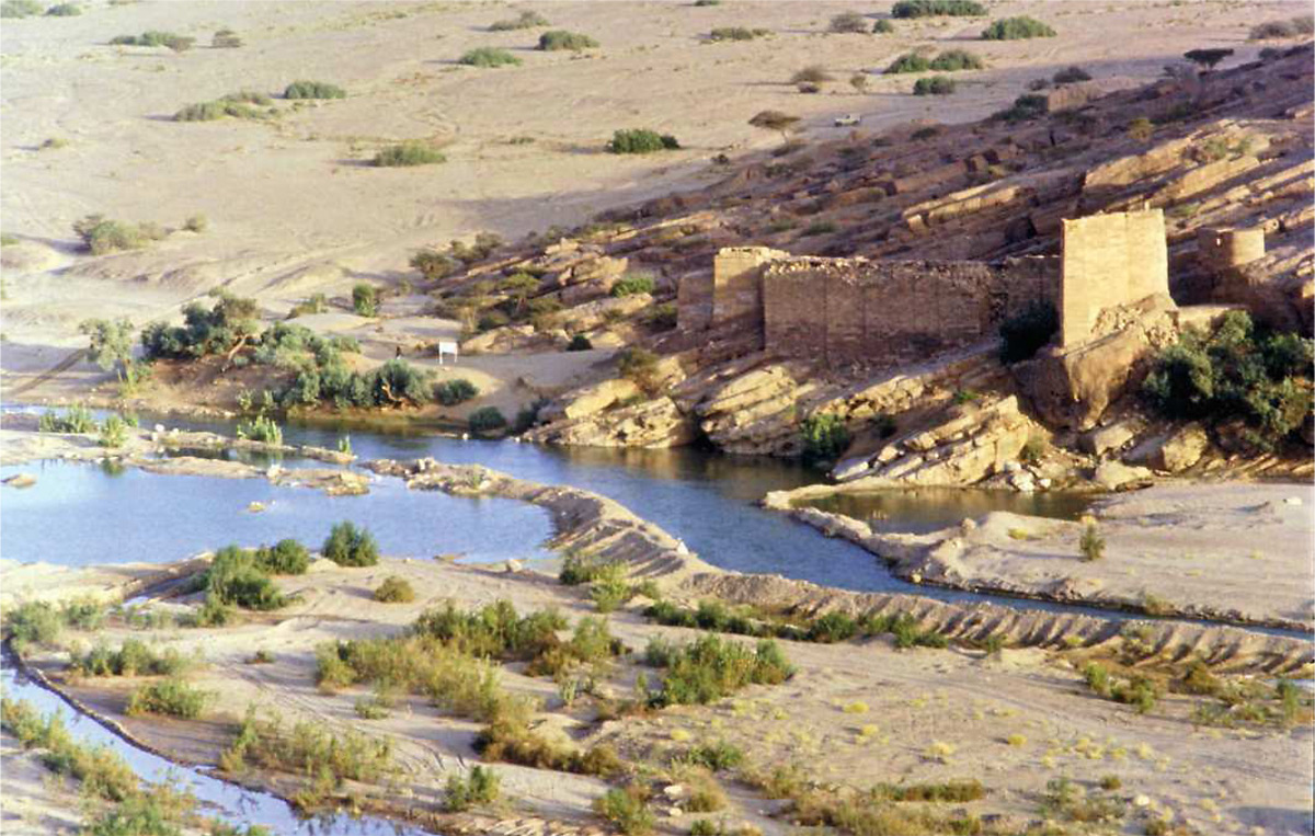 Le môle sud de la grande digue de Marib - Yémen