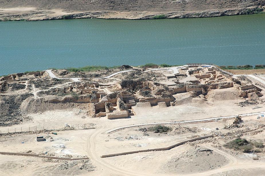 Les fortifications Khor Rorî « Sumhuram »